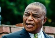 Zimbabwe: l'auteur du coup de force anti-Mugabe devient vice-président