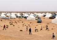 Déçus, les déplacés libyens de Taouarga s'impatientent dans le désert