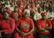 Des centaines de personnes accueillent la dépouille du dirigeant de l'opposition du Zimbabwe