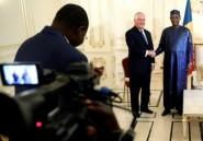 """Rex Tillerson écourte sa tournée africaine pour """"exigences de travail"""""""
