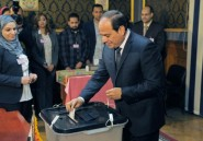Les six présidents égyptiens: cinq militaires et un civil islamiste