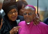 """Winnie Mandela: Desmond Tutu salue un """"symbole majeur"""" de la lutte anti-apartheid"""