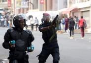 Sénégal: manifestation réprimée et interpellation d'un ancien Premier ministre