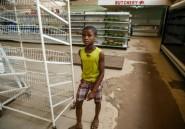 Rayons vides et pain rationné: le retour du spectre de la pénurie au Zimbabwe