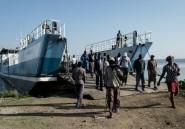 Sur les ferrys du lac Victoria, les passagers s'en remettent