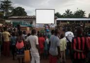En Centrafrique, sensibiliser grâce au cinéma ambulant