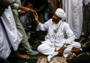L'opposant soudanais Sadek al-Mahdi rentré au pays après un an d'exil