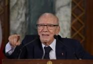 """Tunisie: plainte contre le président accusé d'abus de """"pouvoir"""""""