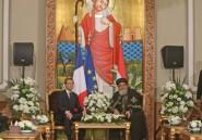 Egypte: Macron termine sa visite en appelant au dialogue interreligieux