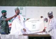 """Nigeria: de """"sérieux"""" problèmes dans le scrutin présidentiel, les résultats commencent"""