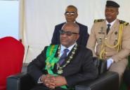 Investi, le président comorien Azali promet un geste envers l'opposition