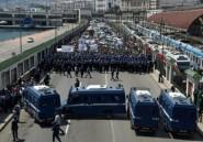 Algérie: les manifestants affluent malgré les arrestations