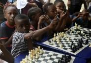 Au Nigeria, un club d'échecs améliore le quotidien d'enfants des bidonvilles