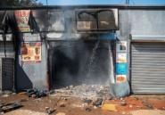 Hué au Zimbabwe, le président sud-africain s'excuse pour les émeutes xénophobes