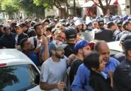 Alger: la police tente d'empêcher le rassemblement étudiant, une première depuis février