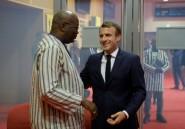 """Burkina: 16 personnes priant dans une mosquée tuées lors d'une attaque, un millier de manifestants contre le """"terrorisme"""""""
