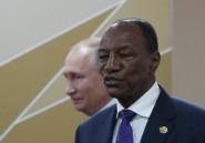 Des milliers de Guinéens manifestent pour soutenir le président dans la crise