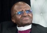 Afrique du Sud: Desmond Tutu, hospitalisé, répond bien au traitement (proche)