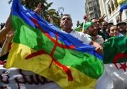 """Algérie: des """"détenus du Hirak"""" ayant purgé leur peine sortent de prison"""