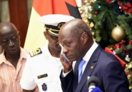 Bissau: le président sortant, en larmes, appelle au retour de la stabilité