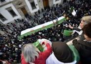 """Algérie: le """"Hirak"""" reprend la rue au lendemain des libérations de détenus"""