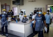 En Afrique du Sud, les hôpitaux prêts mais inquiets en attendant la vague du Covid-19