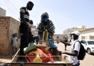 Le Sénégal distribue massivement des vivres pour amortir le choc du coronavirus