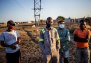 En Afrique du Sud, les mineurs reprennent le travail dans la peur du virus et du chôamge