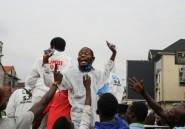 """""""Coronavirus eza te!"""": en RDC, la prévention au défi du déni et des agressions"""