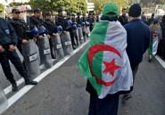 Algérie: trois militants de la contestation incarcérés