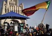 Crise au Mali: la contestation lève le préalable d'une démission du président