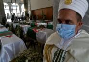 """L'Algérie enterre ses premiers """"martyrs"""" anti-coloniaux, veut des excuses"""