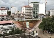 Présidentielle en Guinée: les accès au centre de Conakry bloqués, un officier tué