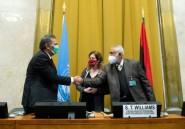 """Libye: accord des deux camps rivaux pour un """"cessez-le-feu permanent"""""""