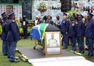 Afrique du sud: cinq arrestations dans l'affaire du meurtre du capitaine de la sélection de foot