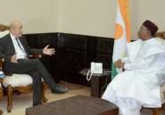 """""""La sécurité du Niger c'est la sécurité de la France"""", estime Le Drian"""