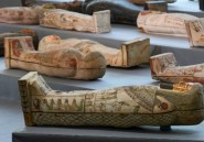 """Egypte: découverte de plus de cent sarcophages intacts, un """"trésor"""""""