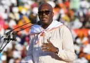 Burkina Faso: le président Kaboré déclaré réélu au 1er tour tend la main