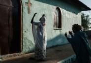 """A """"l'église des réfugiés"""" au Soudan, prières pour la paix en Ethiopie"""