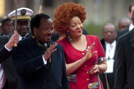 Le président du Cameroun Paul Biya et sa femme Chantal, le 23 octobre 2010 à Montreux, en Suisse AFP/Archives Sebastien Bozon