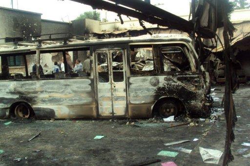 Un bus incendié à Sidi Bouzid, le 29 octobre 2011, en Tunisie AFP Mokhtar Kahouli