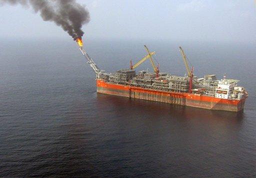 Une plateforme pétrolière dans le champ de Bonga, au large du Nigeria, en février 2008 AFP/Archives Jacques Lhuillery