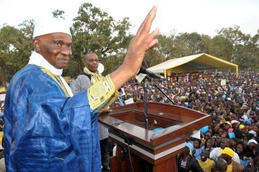 Le président sénégalais candidat à sa réélection Abdoulaye Wade lors d'un meeting à Thies le 8 février 2012 AFP Seyllou