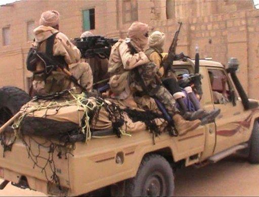 Capture d'écran d'une camionnette transportant des militants islamistes du groupe Ansar Dine, le 3 avril 2012 à Tombouctou AFP/Archives