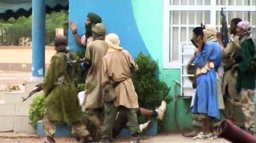 Capture d'écran d'une vidéo AFP du 29 juin 2012 montrant des islamistes armés à Gao, dans le nord du Mali AFP