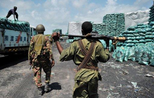 Des soldats somaliens et kényans AFP/Archives Carl de Souza