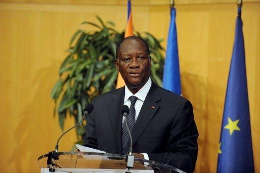 Le président ivoirien Alassane Ouattara au cours d'une conférence de presse, le 5 octobre 2012 à Paris AFP/Archives Eric Piermont