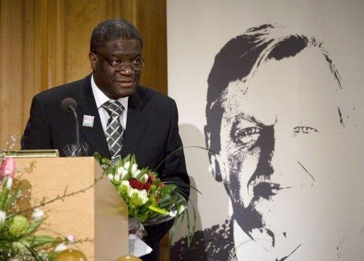 Le docteur Denis Mukwege, le 30 septembre 2009 à Stockholm Scanpix/AFP/Archives Fredrik Sandberg