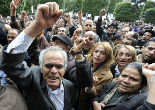 Manifestation à Tunis pour protester contre l'attaque orchestrée mardi contre le siège de la centrale syndicale UGTT, le 5 décembre 2012 AFP Fethi Belaid