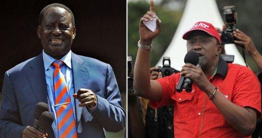 Le Premier ministre kényan Raila Odinga, à gauche, et le vice-Premier ministre Uhuru Kenyatta, à droite, en décembre 2012. AFP/Archives Tony Karumba